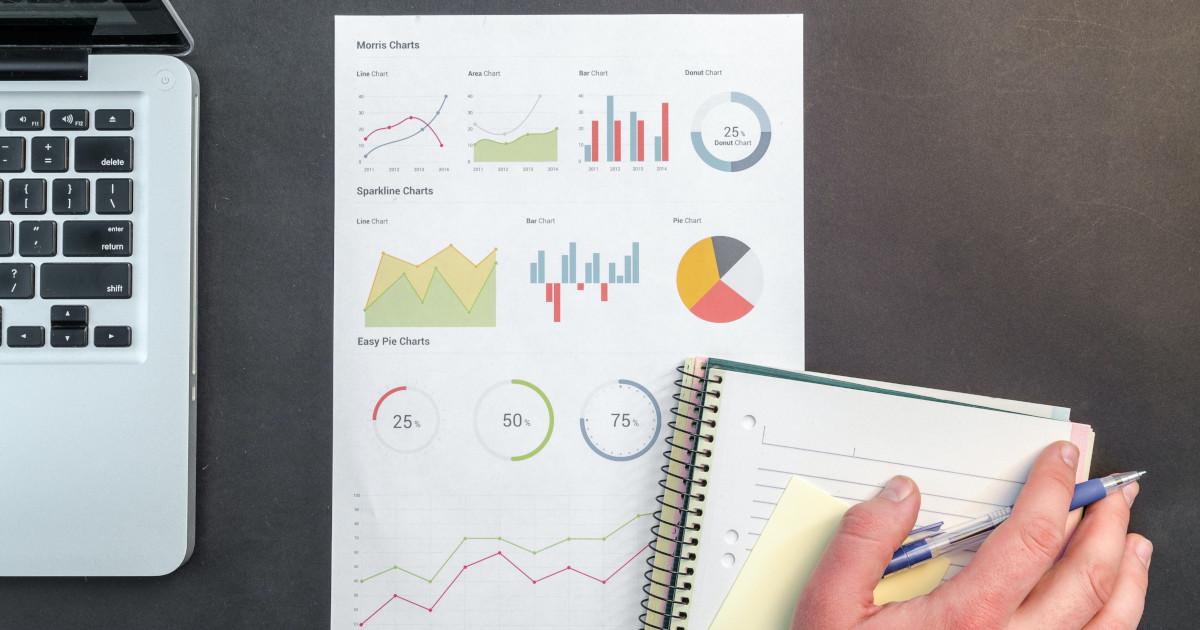 De la fișierele și spreadsheets Excel la baze de date